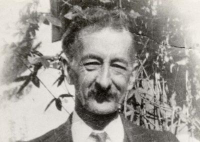 History Arthur Dixon - Dixon's Pharmacy